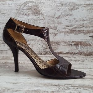 🔵Nine West Brown Leather Cric T-strap Heels